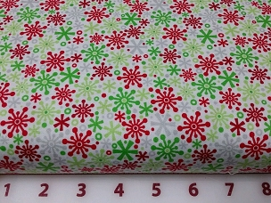 Holiday by Riley Blake C3974-MULTI Holiday Flake Multi Green Red Blender Fabric 44W RBCHHT