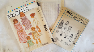McCalls 7313 Dress Bag and Transfers Size 5 1980 Vintage Sewing Pattern ~ UNCUT ~ GRTODPAT